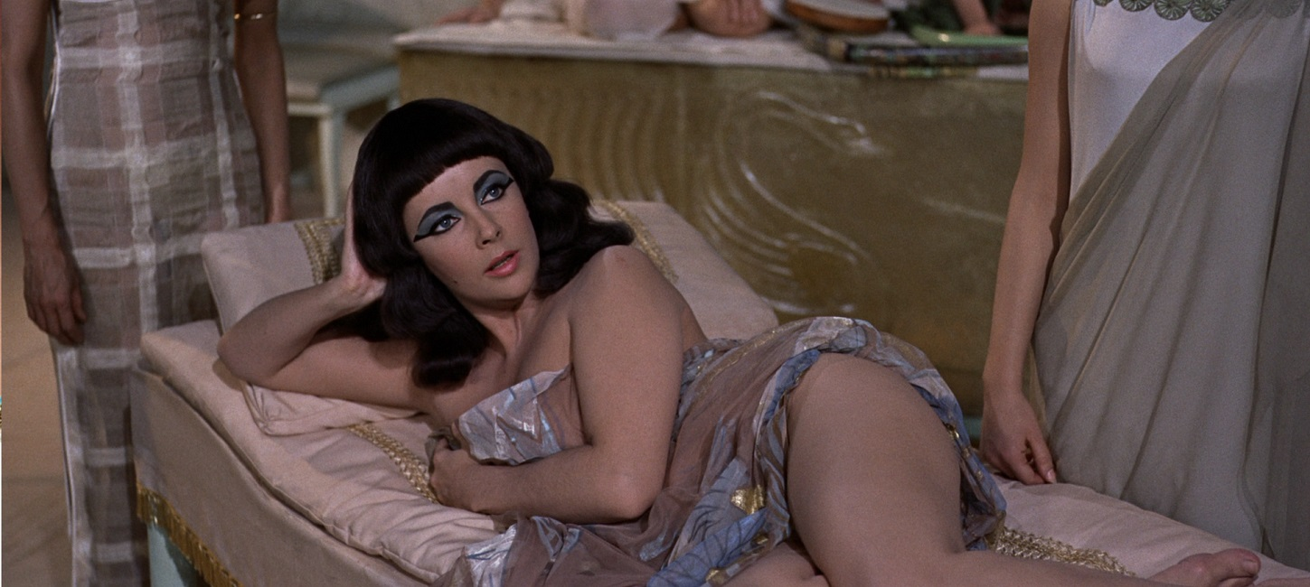 http://www.oscarchamps.com/wp-content/uploads/2015/09/1963-Cleopatra-02.jpg