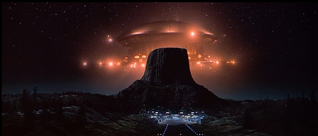 01 - Close Encounters of the Third Kind - 10