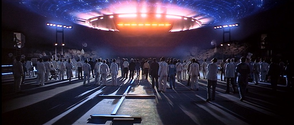 01 - Close Encounters of the Third Kind - 11